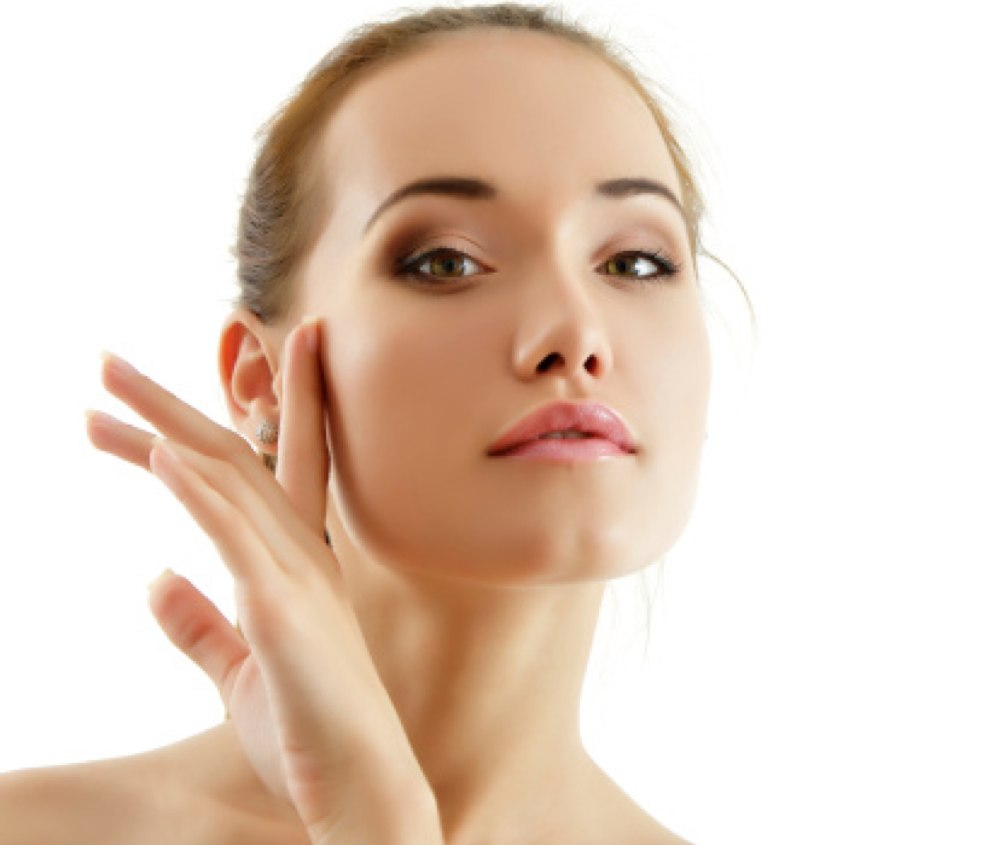 Support Your Healthy Skin With Moisture Attracting Products